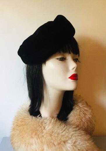 50s Black Velvet Pillbox Hat