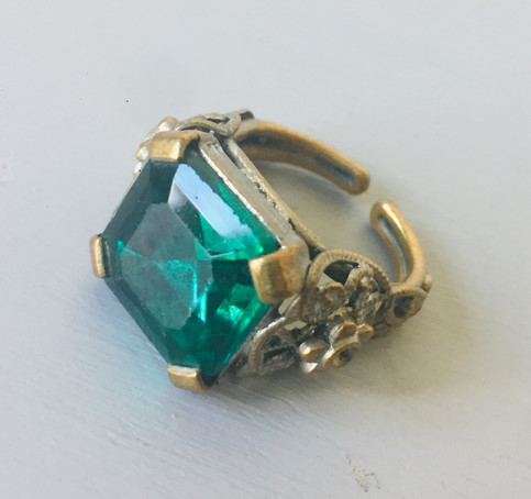 50s Emerald Green Cocktail Ring