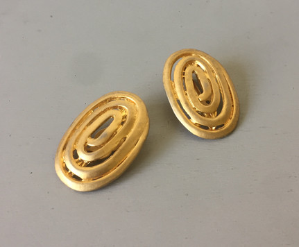 80s Brushed Goldtone Clip On Earrings