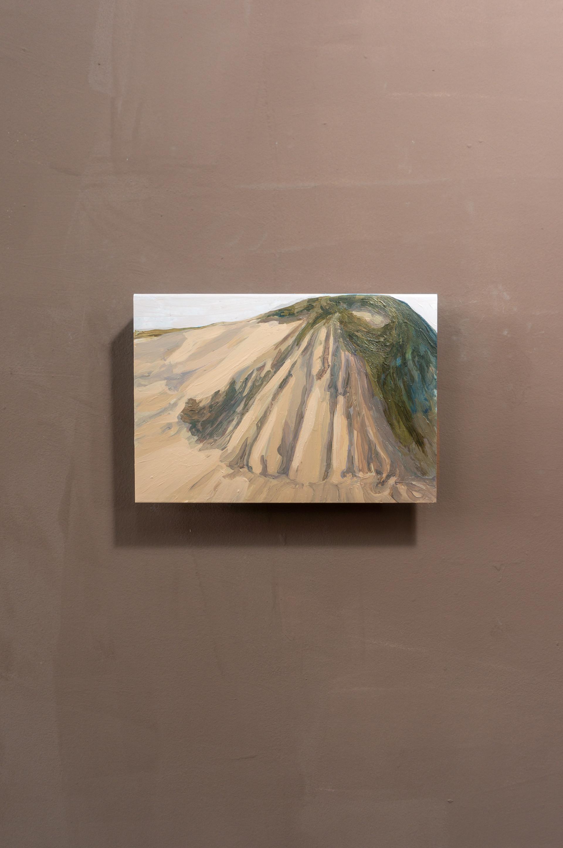 Dune #11, Acrylic on folded iron, 15 x 22 x 5 cm (2020)