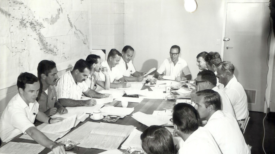 1970 - Registering and verifying wards and districts.