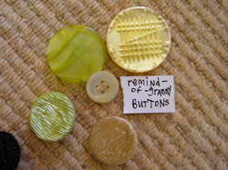 buttons = remind-of-granny