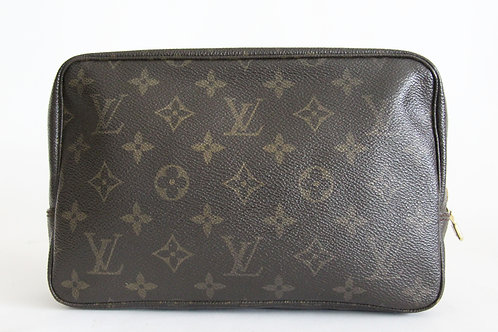 Louis Vuitton Toiletry Pouh MM in Monogram