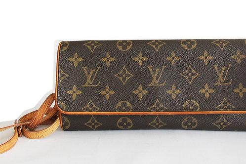Louis Vuitton Pochette Twin GM in Monogram