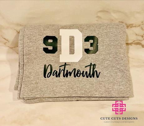 Sweatshirt Stadium Blanket Dartmouth.JPG