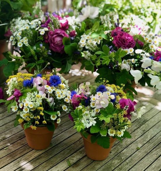 Group flower arrangements advises Francesca Sharp Flowers