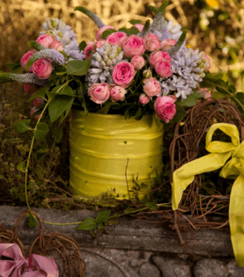Create a unique floral arrangement at a Spring Flower Arranging Workshops