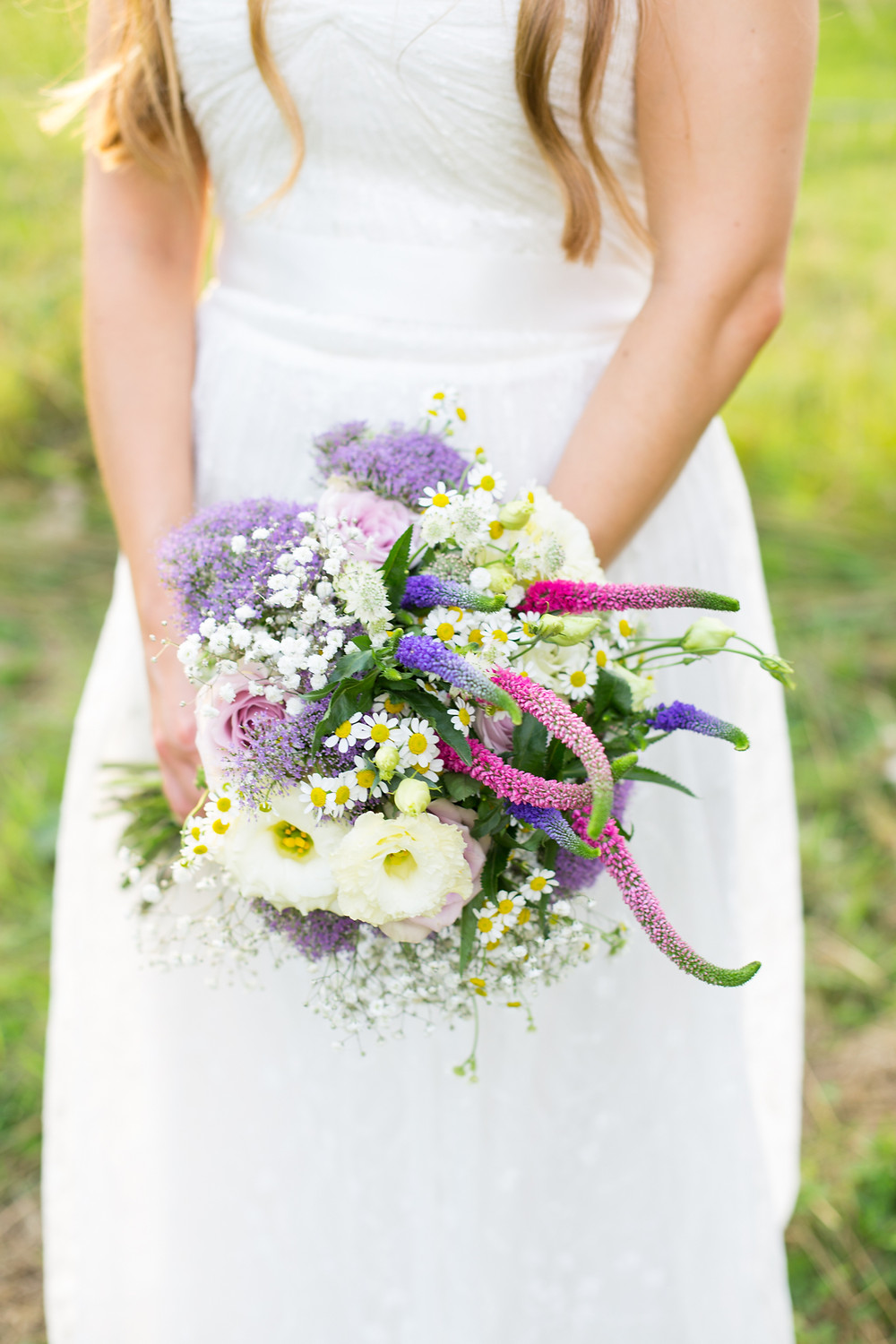 A wedding bouquet for a hampshire wedding by Francesca Sharp Flowers