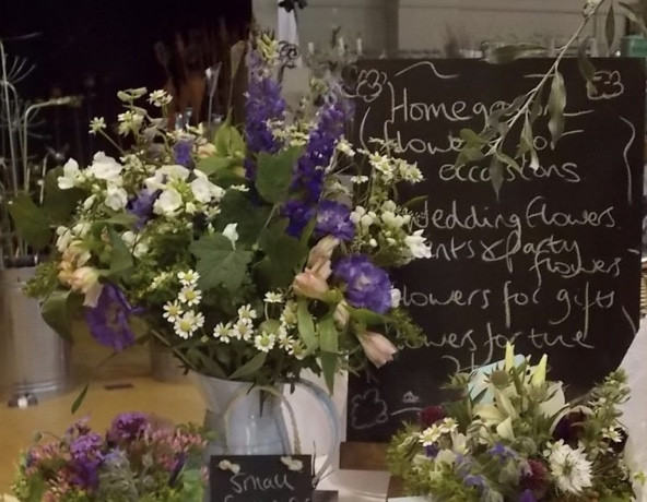 Francesca Sharp Flowers are available to order across Surrey and Hampshire