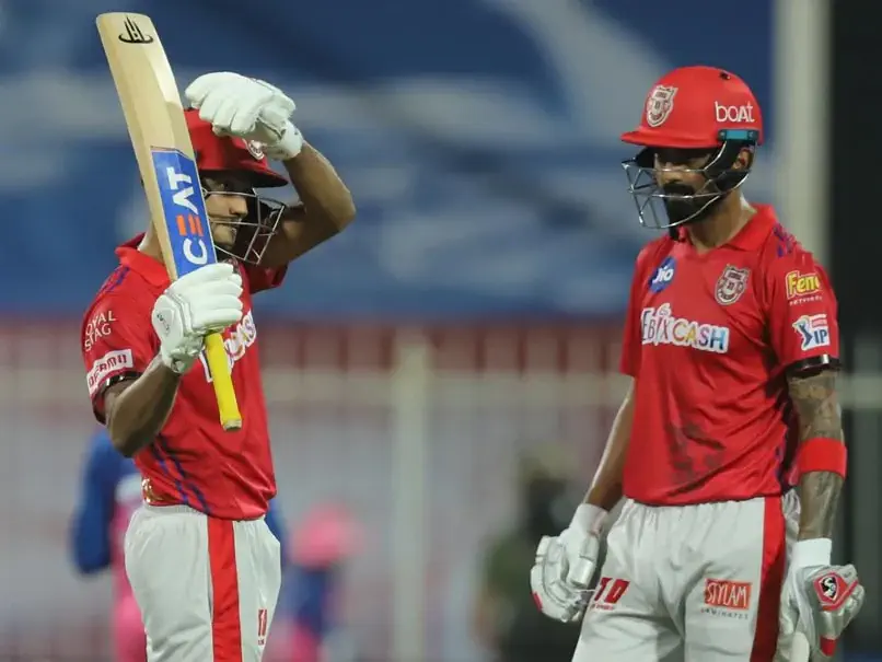 In the 9th match of the Indian Premier League (IPL) 2020, Sanju Samson and Steven Smith's brilliant partnership helps Rajasthan Royals beat Kings XI Punjab by 4 wickets at Sharjah Cricket Stadium in UAE. Kings XI Punjab, with the help of Mayank Agarwal's amazing ton, gave a high target of 224 runs for the Rajasthan Royals to chase. Skipper Steven Smith, Sanju Samson, and Rahul Tewatia shined for the RR as they chase down the high target easily. Rahul Tewatia showed explosive innings with him smashing 5 sixes in an over (4 consecutively).