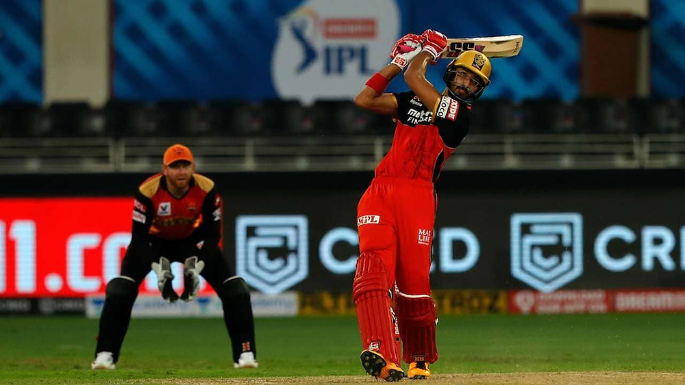 In the 3rd match of the Indian Premier League (IPL) 2020, Royal Challengers Bangalore (RCB) defeat Sun Risers Hyderabad (SRH) by 10 Runs at Dubai international stadium. RCB debutant and youngster Devdutt Padikkal shines in the match with his fiery knock of 56 runs off 42 balls.