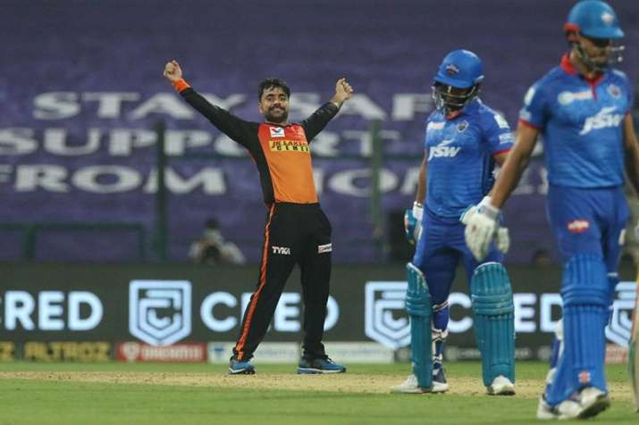 In the 11th match of the Indian Premier League (IPL) 2020, Sunrisers Hyderabad (SRH) beat Delhi Capitals by 15 runs at Sheikh Zayed Stadium in Abu Dhabi. Rashid khan's epic spell destroyed the batting line-up of the Delhi Capitals. Aided by openers David Warner and Jonny Bairstow's brilliant partnership, SRH had given a target of 163 runs for the DC to chase. Kane Williamson played his first match of the season for the SRH tonight, giving them an edge they lacked in their previous games.