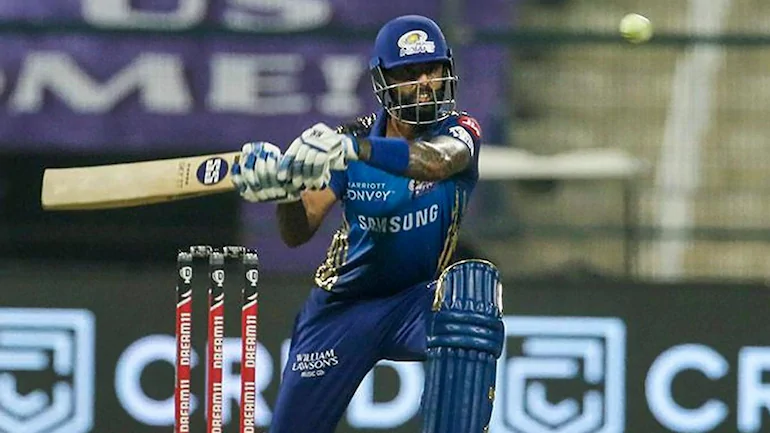 Skipper Rohit Sharma won the toss and elected to bat first. Mumbai Indians were given a decent by the opening duo of Quinton de Kock and Skipper himself. While Quinton de Kock made 23 runs off 15 balls, Rohit Sharma played an average innings of 35 runs off 23 balls. After the fall of the wicket of Quinton, Tonight's superstar Suryakumar Yadav came to the crease and played his highest ever IPL innings of 79 runs off 47 balls aided by 11 fours and 2 sixes. While the Yadav remained undefeated tonight, the next two batsmen Ishan Kishan and Krunal Pandya, lost their wickets in the early. Ishan Kishan remained unsuccessful tonight as he lost his wicket without making a single run. Whereas, Krunal Pandya played a very slow innings of 12 runs off 17 balls. Hardik Pandya joined the Yadav with his quick 30 runs undefeated. Together, they were able to give a high target of 194 runs for the RR to chase. Shreyas Gopal remained the most effective bowler for the RR as he grabbed 2 wickets in his spell of 4 overs.