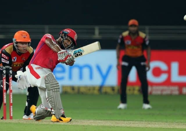 Kings XI Punjab had a very bad start tonight with Skipper KL Rahul's disappointing innings of 11 runs off 16 balls. Opener Mayank Agarwal also lost his wicket in the early making just 9 runs off 6 balls. Prabhsimran Singh also failed to save the sinking ship of KXIP and lost his wicket after making 11 runs. However, Nicholas Pooran came out as a solo match performer with his fiery knock of 77 runs off 37 balls aided by 7 sixes and 5 fours. Kings XI Punjab's rest of the batting line-up collapsed before the bowling might of SRH tonight. Rashid Khan shined as he remained the most economical bowler from the SRH. Rashid Khan grabbed 3 crucial wickets while also maintaining an impressive economy rate of 3.00.
