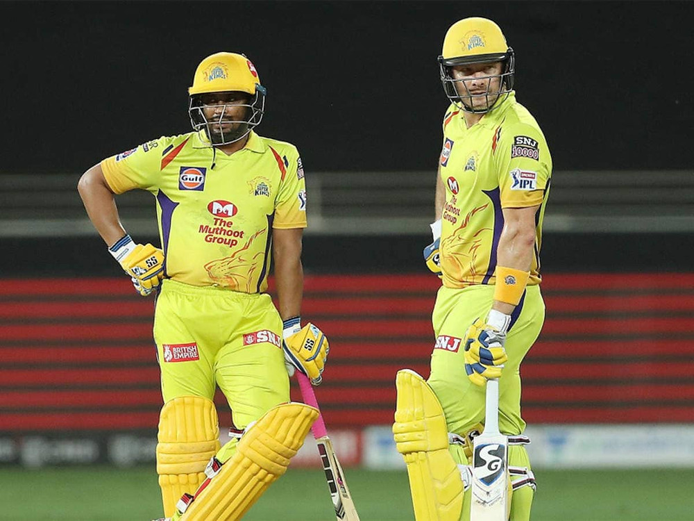 Skipper MS Dhoni won the toss and elected to bat first. Sam Curran opened along with Faf du Plessis tonight for the Chennai Super Kings. While Curran played an average innings of 31 runs off 21 balls, the Faf du Plessis lost his wicket without making a single run tonight. Shane Watson and Ambati Rayudu played an impressive partnership for the CSK. While Watson made 42 runs off 38 balls, the Rayudu played an innings of 41 runs off 34 balls. After the fall of the duo, MS Dhoni and Ravindra Jadeja came to the crease to aid in providing a respectable score for the CSK. While Dhoni made 21 runs off 13 balls, the Jadeja made quick 25 runs off 10 balls, allowing the CSK to set a decent target of 168 runs for the SRH to chase. Sandeep Sharma, Khaleel Ahmed, and Thangarasu Natarajan shined for the SRH as they grabbed 2 wickets each tonight. However, Sandeep Sharma's spell of 4 overs remained the most economical one.