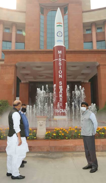A model of Anti Satellite (A-SAT) Missile installed inside the DRDO Bhawan premises was unveiled today by Defence Minister Shri Rajnath Singh in the august presence of Minister for Road Transport and Highways, Nitin Gadkari and Secretary DDR&D & Chairman DRDO, Dr. G Satheesh Reddy.