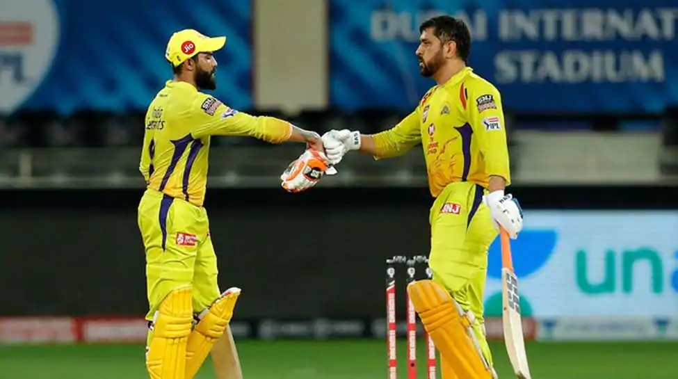 Chennai Super Kings had a bad start with their top batting line-up failing to impress tonight. Opener Faf du Plessis made only 22 runs while the next three batsmen Shane Watson, Ambati Rayudu, and Kedar Jadhav lost their wickets without reaching the two-digit mark in the run tally. Waston got out making just a single run while Rayudu in his comeback match, could only make 8 runs whereas, Jadhav got out making just 3 runs tonight. MS Dhoni remained the sole batsman to save the day for already struggling Chennai Super Kings in the 13th edition of the IPL. Dhoni took his time to adjust as he played very slowly tonight, accompanied by Ravindra Jadeja, who got out making 50 runs off 35 balls. However, Dhoni failed again tonight to save the match as his innings of 47 runs off 36 balls couldn't help CSK chase an average target of 165 runs. Sam Curran tried his best for the CSK but remained unsuccessful, despite making quick 15 runs off 5 balls aided by 2 sixes. CSK lost to SRH by 7 runs. Thangarasu Natrajan remained the most successful bowler in his spell as he took 2 wickets. However, Rashid Khan shined for the Sunrisers Hyderabad as he remained incredibly economical in his spell of 4 overs tonight. Rashid Khan had an impressive economy rate of 3.00.