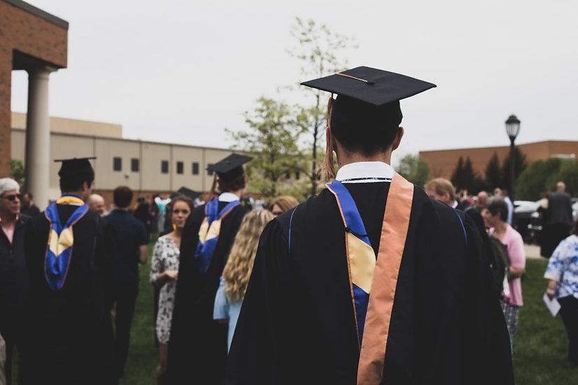 Traducciones profesionales para homologar profesión en Australia o convalidar tu título universitario. Te ayudamos con las traducciones para tu visa o traducciones para aplicar a la universidad.