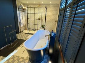 Bathroom with Rako Controls