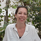 Melanie Weiner.png