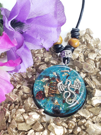 Onyx Gems Dragon Quartz Chip Crystal Copper Coil Disk Orgonite