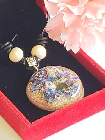 Ocean Bed - Sea Shell And Lapis Lazuli Disk Orgonite Quartz Crystal