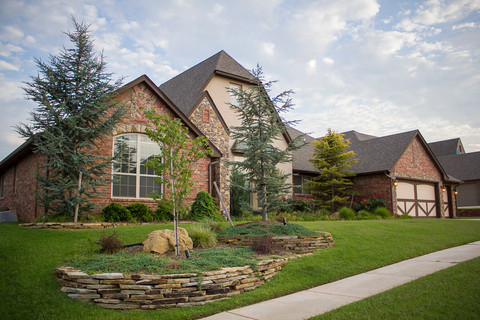 Residential Landscape Maintenance by Red Valley Landscape & Construction in Deer Creek, Ok