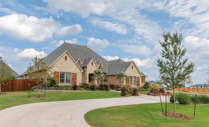 Residential Landscape Maintenance by Red Valley Landscape & Construction in Oklahoma