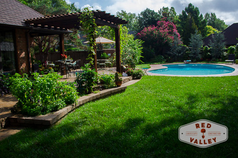 Residential Landscape Maintenance by Red Valley Landscape & Construction in Mustang, Ok
