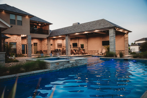 Custom Swimming Pools, Spas, and Wate Features by Red Valley Landscape & Construction located in Spicewood, Texas