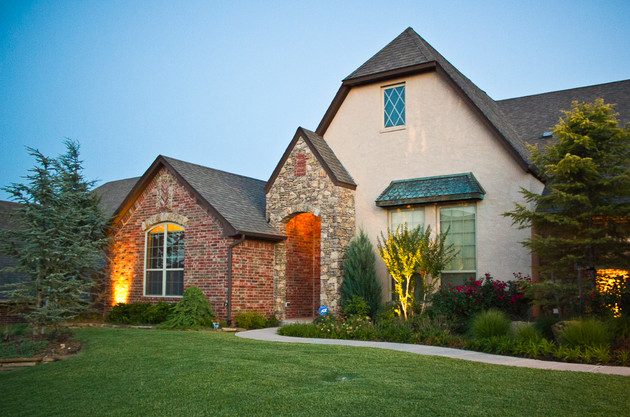 Residential Landscape Maintenance by Red Valley Landscape & Construction in Tuttle, Ok