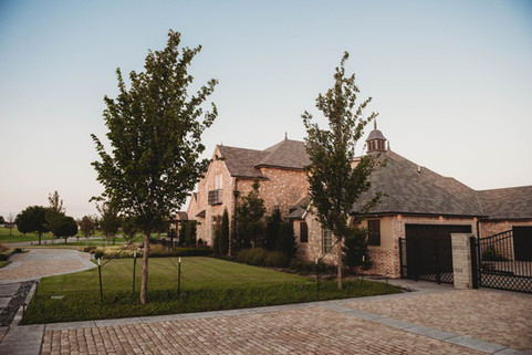 Residential Landscape Maintenance by Red Valley Landscape & Construction in Warr Acres