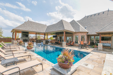 Custom Pools, Spas, and Water Features by Red Valley Landscape & Construction located in Austin, Texas