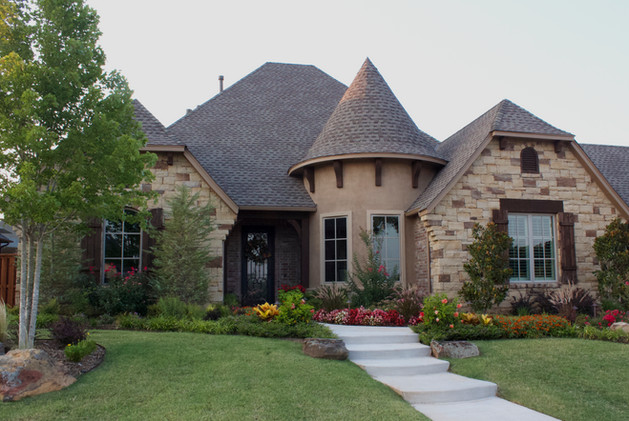 Landscape Design & Installation by Red Valley Landscape & Construction in Moore Oklahoma