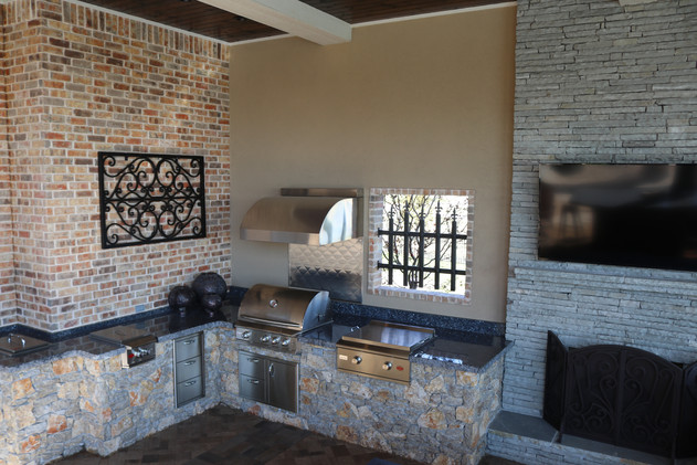 Custom Outdoor Kitchen by Red Valley Landscape & Construction in Lakeway, Texas