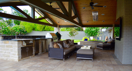Custom Arbors & Pavilions by Red Valley Landscape & Construction in Nichols Hills, Ok