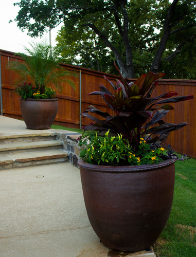 Commercial Seasonal Services by Red Valley Landscape & Construction in Jones, Ok
