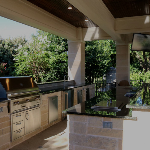 Outdoor Kitchen by Red Valley Landscape & Construction in Oklahoma