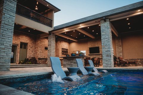 Custom Swimming Pools, Spas, and Wate Features by Red Valley Landscape & Construction located in Lake Travis, Texas