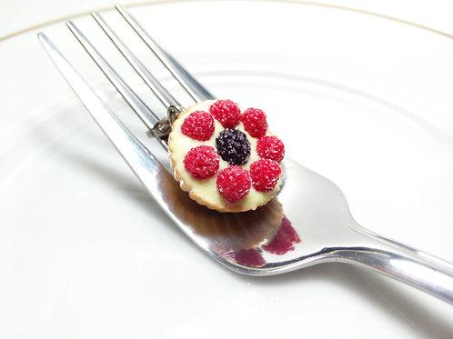 Berries Tart Charm