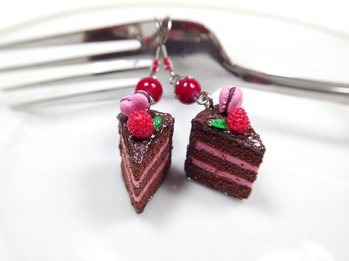 Valentine's Raspberry and Chocolate Cake Charm