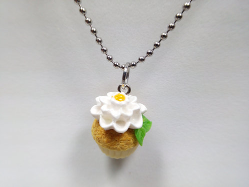 Spring Cupcake Necklace