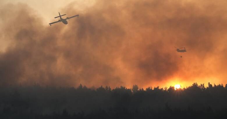 Φωτιά στην Αρχαία Ολυμπία: Εκκενώνονται οικισμοί, στις φλόγες έχουν παραδοθεί σπίτια