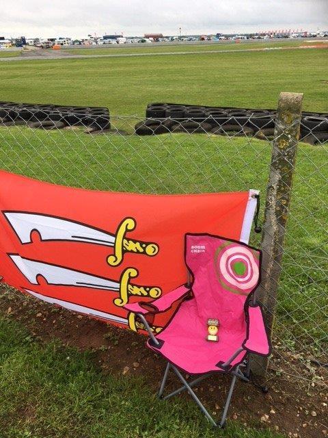 Snetterton, in the pink...