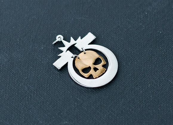 Ultramarines With Golden Skull pendant