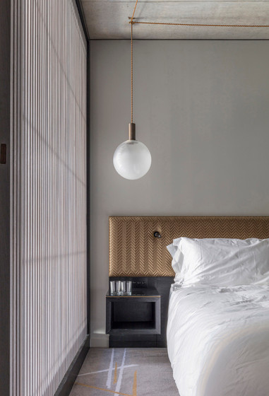13-007_Nobu_Hotel_bedroom - Nicholas WOR