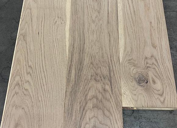 Plancher chêne blanc 7 1/2 ''