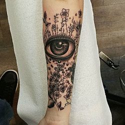 This was made to fill a space on _skyelinezz tattooed by _joe_dillon_inktherapy #inktherapynj #inkth