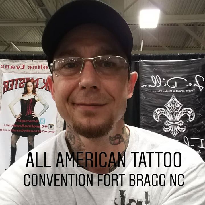 Out here with _carolineannevans in North Carolina _allamericantattooconvention day 2.