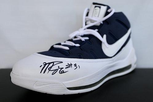 Malik Rose Signed Shoe (1)